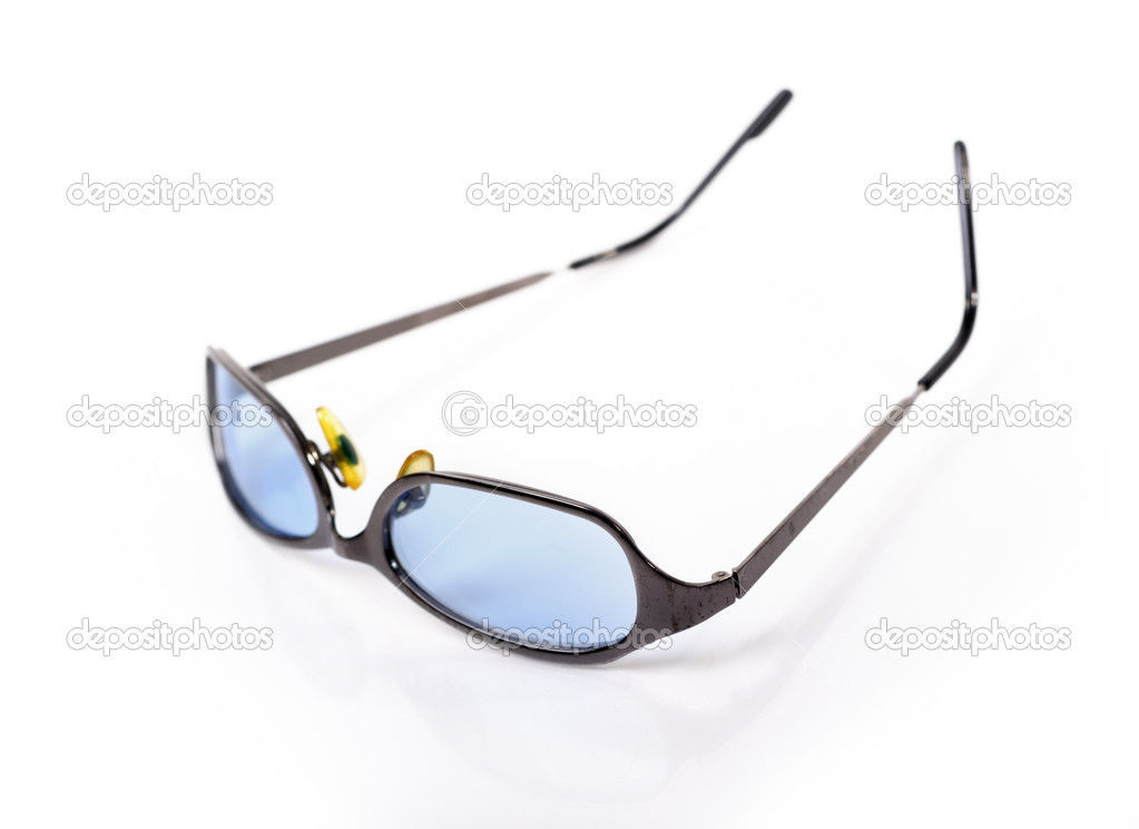 Sunglasses isolated on white background — Stock Photo #13731893