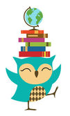 Owl with stack of books — Stock Vector