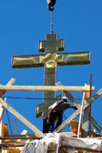 Installing cross on church — Stock Photo