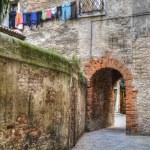Ancient archway, Venice, Italy — Stock Photo #21651513
