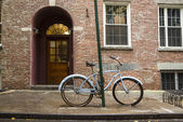 Bicicleta velha em greenwich village — Foto Stock