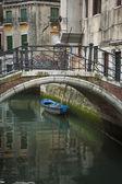 Bridge above a canal, Venice, Italy — Stock Photo
