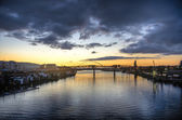Sunset over river, Portland, Oregon — Stock Photo