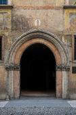 Porta em arco em verona, itália — Foto Stock