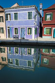 Houses and reflections in a canal, Burano, Italy — Stock Photo