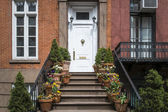 Greenwich Village apartment exterior, New York City — Stock Photo