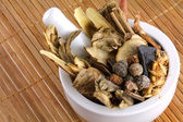 Traditional Chinese herbal tea (Medicinal herbal tea — Stock Photo