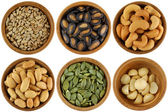 Kavrulmuş ve tuzlu tohumları — Stok fotoğraf