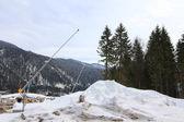 Uma ferramenta para fazer neve artificial na Europa — Fotografia Stock