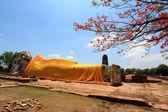 Phra Bhuddhasaiyart at Wat Lokayasuttharam, Ayutthaya, Thailand — Stock Photo