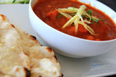 Spicy Indian Curry : Lamb Masala with Naan — Stock Photo