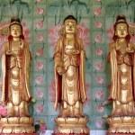 Avalokiteswara - Kuan Yin Statue - Kek Lok Si Temple, Penang Malaysia — Stock Photo #29544613