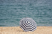A beach umbrella — Stock Photo