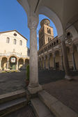 Atrium of the cathedral with columns and steeple — ストック写真
