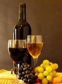 Wines and Grapes — Stock Photo