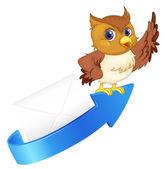Owl, arrow and envelop — Stock Vector