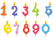 świeczki na urodzinowym torcie — Wektor stockowy