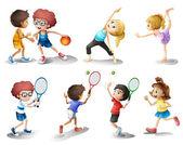Niños hacer ejercicio y practicar diferentes deportes — Vector de stock