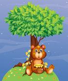 A bear holding a honey under a tree — Stock Vector