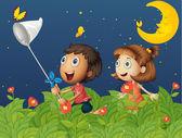 Kids catching butterflies under the bright moon — Stock Vector