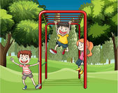 Three kids playing at the park — Stock Vector