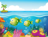 Three green piranhas under the sea — Stock Vector