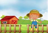 Um agricultor segurando uma enxada para dentro da cerca de madeira com celeiro — Vetorial Stock