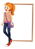 A lady with a bag standing in front of an empty board — Stockvector