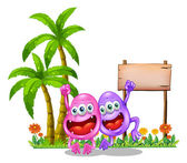 Two happy monsters near the empty wooden signboard beside the pa — Stockvector