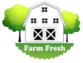 A fresh farm label with a farmhouse — Stock Vector