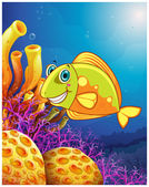 A smiling fish under the sea — Stock Vector