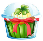 A cupcake inside the container — Stock Vector