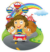 A vehicle with happy kids near the amusement park — Stock Vector