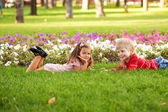 Kids love concept. Little couple in love outdoor — Стоковое фото