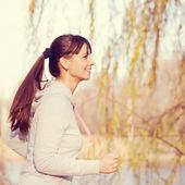 Zadowolony kolejny kobieta lekkoatletycznego. w stylu retro — Zdjęcie stockowe