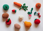 Hand-made knitted fruit and vegetables — ストック写真