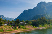 Nong khiaw river, Northern of Laos — Stockfoto