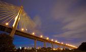 Bhumibol Mega Bridge (Industrial Ring Mega Bridge) at night, Ban — Foto de Stock