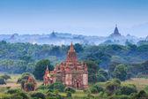 The Temples of bagan at sunrise, Bagan, Myanmar — Stock Photo