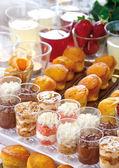 Festliche frühstücksbüfett — Stockfoto