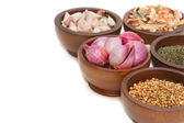 泰国草药和香料 (大蒜、 小葱、 香菜干柠檬 g — 图库照片