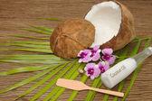 кокосовое и органическое кокосовое масло для красоты спа — Стоковое фото