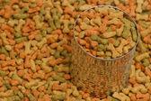 Secchi cane cibo in lattina di metallo — Foto Stock