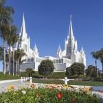 Mormon Temple - The San Diego California Temple — Stock Photo #23710173