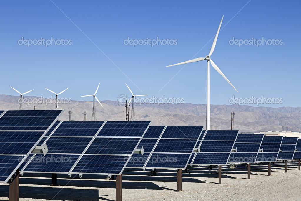 太阳能电池板和风力涡轮发电