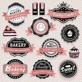 Collection of vintage retro bakery labels, badges and icons — Stok Vektör