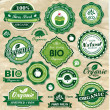 Collection of vintage retro grunge bio and eco organic labels natural products — Imagens vectoriais em stock