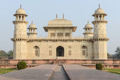 Itimad-ud-Daulah or Baby Taj in Agra India — Stock Photo