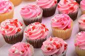 De dag van valentijnskaarten cupcakes — Stockfoto