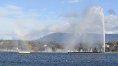 Lake Geneva and the city — Stock Video